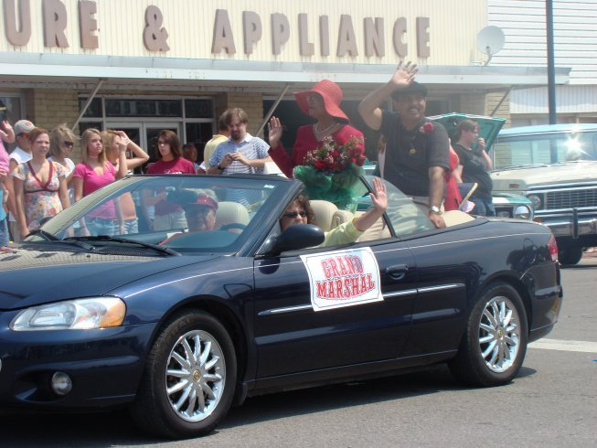 Click HERE for more Depot Days Parade & Class Reunion Pix!
